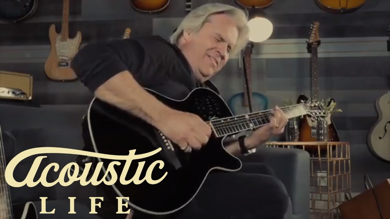 Spice Up Your Strumming On Acoustic Guitar (AT73)