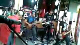 PAS band - Jengah (Akustik) Live at Radio Show TvOne.mp4