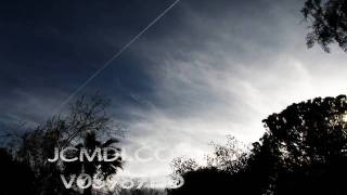 V03987 Time Lapse long thin trail thru HiClds