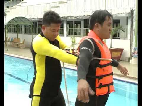 Hướng dẫn kỹ thuật cứu người đuối nước