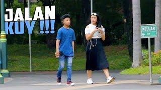 Video Jalan Bareng Sama Orang Yang Gak Dikenal - Prank Indonesia MP3, 3GP, MP4, WEBM, AVI, FLV Juni 2017