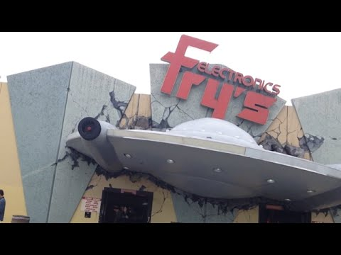 TheDailyWoo - 940 (1/27/15) Alien Attack ! Fry's Electronics
