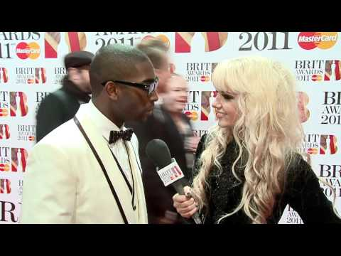 Tinie Tempah interviewed by Goldierocks on the Red Carpet | BRIT Awards 2011