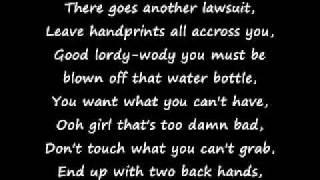 Eminem - Superman [lyrics]