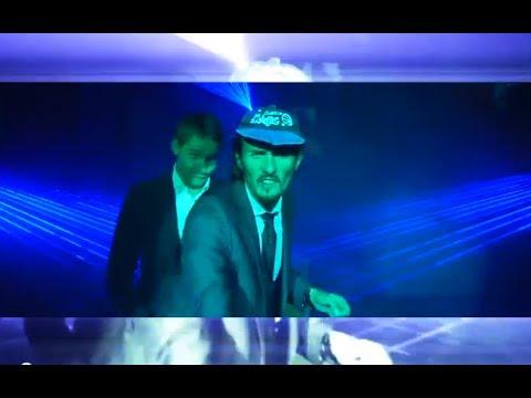 Tekst piosenki Kabaret Skeczów Męczących - Świętokrzyskie Style 2 (Jeee) po polsku