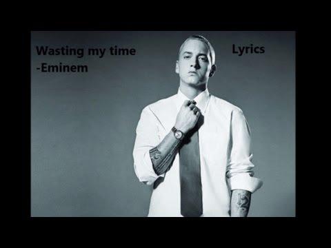 Tekst piosenki Eminem - Wasting My Time po polsku