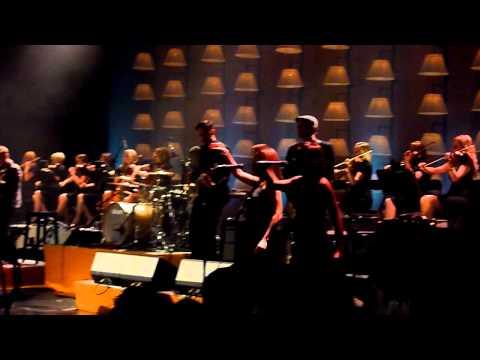 Adele - Set Fire To The Rain live Royal Albert Hall 22-09-2011