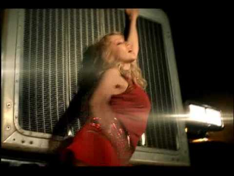 Kylie Minogue – Red Blooded Woman