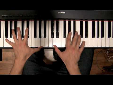 How To Play A 2-5-1 Bebop Lick On Piano