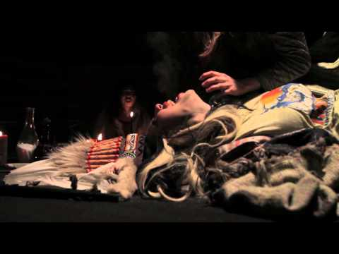 Die Mannequin - Candide (Official Video)