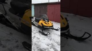 5. Tundra LT 550 SnowMobileSPB