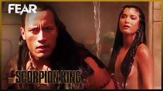 The Scorpion King Escapes On A Catapult | The Scorpion King