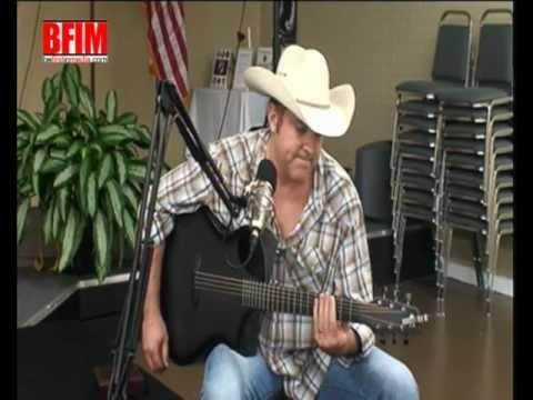 Craig Bushon interviews Nashville singer song writer Matt Snook