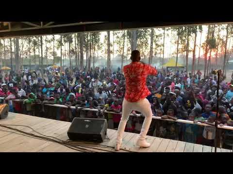 Freeman HKD Performing #Miridzo Live