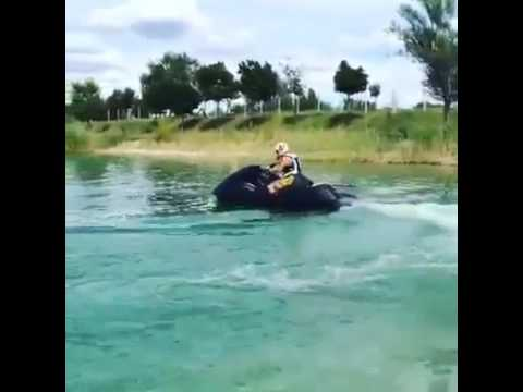 Suzuki Hayabusa Engine in Jet Ski is really fast!