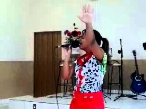 Cantora Gospel Diana Darcielly de Herculandia