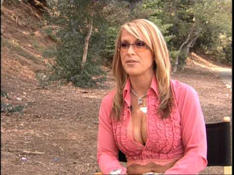 Hot Singer Anastacia in Her Celebrity News and Gossip – Excited For U.S. Release!