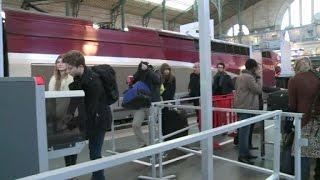 Video Thalys: les premiers portiques de sécurité entrent en service à Paris et Lille MP3, 3GP, MP4, WEBM, AVI, FLV September 2017