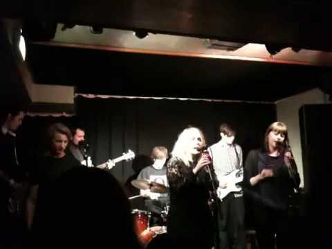 Cornelia Adamson - Leaving N.Y (live at Big Ben)