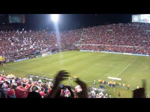 Cerro Porteño 2 - 0 Ind. de Medellin Sudamericana 2016 4tos de final vuelta recibimiento al Ciclón - La Plaza y Comando - Cerro Porteño
