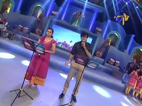 Vijay Prakash  Pranavi Performance - Nuvve Nuvve Naa Manasantha Song - 27th July 2014 28 July 2014 05 PM