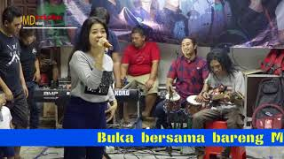 Video Takwa - Niken Aprilia MP3, 3GP, MP4, WEBM, AVI, FLV Desember 2018
