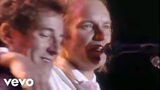 Video Sting, Bruce Springsteen - Every Breath You Take (Live) MP3, 3GP, MP4, WEBM, AVI, FLV Juli 2019