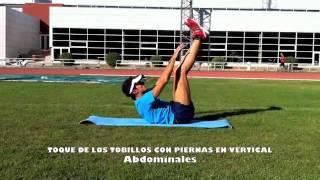 Toque de tobillos con piernas en vertical
