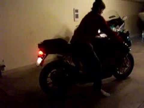 Ducati 999 reving