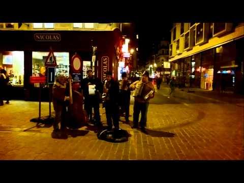 Musique klezmer dans les rues de Bruxelles !