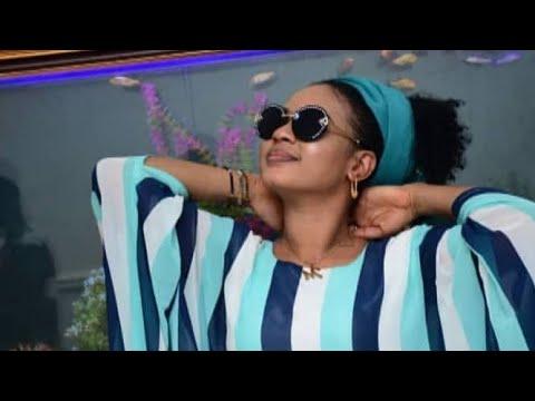 Nazifi Asnanic - Hausa Video Song 2019 Ft Sha awa Adam