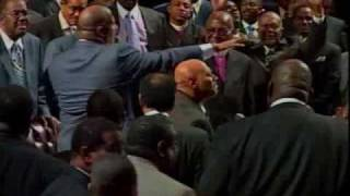 Bishop Paul Morton&Pastor Marvin Winans Bow Down