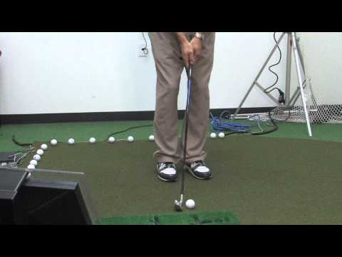 How to Hit a Bump & Run Shot in Golf : Golfing Tips