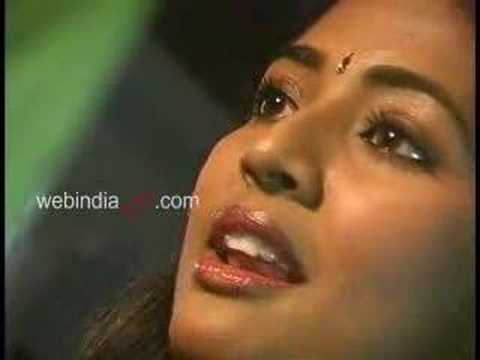 Video Interview with Navya Nair - a Malayalam actress. download in MP3, 3GP, MP4, WEBM, AVI, FLV January 2017