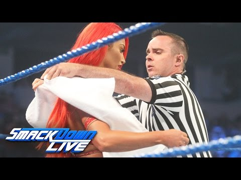 Eva Marie has a wardrobe malfunction before her match vs. Becky Lynch: SmackDown Live, Aug. 9, 2016 (видео)