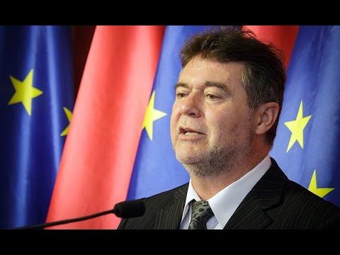 Árzuhanás, csak nem Magyarországon - Az MSZP az árcsökkentés pártján