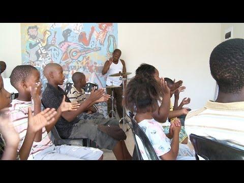 Street Talk Season 2 Episode 1: Ntonga Music School (видео)