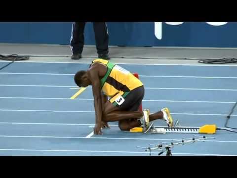 他跑步的速度到底有多誇張,看到最後會讓你說不出話!