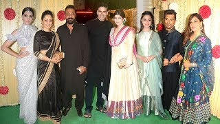 Video Ekta Kapoor's GRAND Diwali Party 2017 - Akshay Kumar,Sanjay Dutt,Alia Bhatt,Sonam,Sonakshi MP3, 3GP, MP4, WEBM, AVI, FLV Oktober 2017