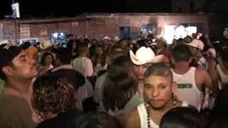 Download Lagu Baile En Ojo De Agua Mp3