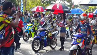 Bangka Indonesia  city photos : Umbrella girl Sungailiat Bangka Indonesia