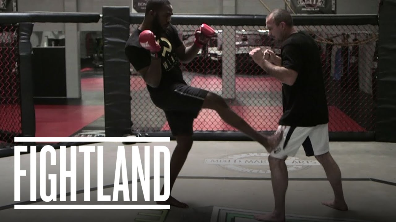 The Oblique Kick With Jon Jones: Fight School