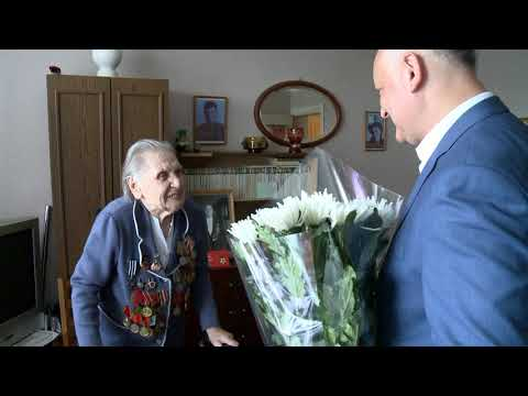 Igor Dodon a decorat doi veterani cu Ordinul Republicii