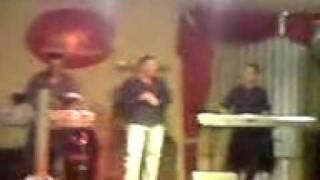 Agron Aliu Goni Ne Martesen Tande Live 2010.3GP