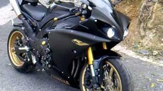 10. Yamaha r1 2010