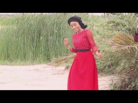 Sabuwar Wakar Hausa Video Song (Kyaukyawar) Saudat Umar 2018