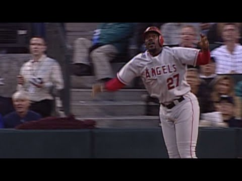 Video: Guerrero launches his first Angels home run in 2004