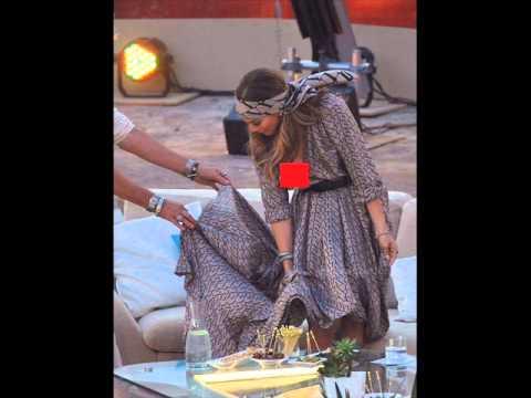 Jennifer Lopez Uncensored Wardrobe Malfunction On Live TV (VIDEO)