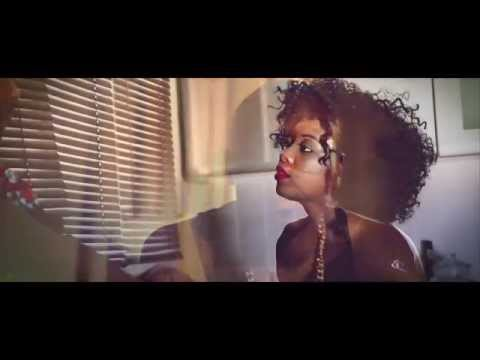 MrVEZZY x Roberto -  Ngathi Nili Naiwe (Official Video)