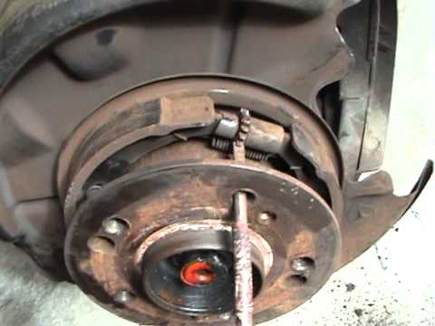 How to change 1989 mercedes 300E rear Disc's and brake pads.